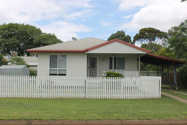 1 WILLS Place, Dalby QLD 4405