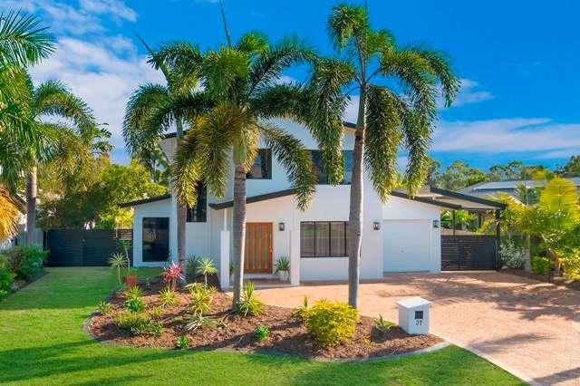 37 Waterview Drive, Bushland Beach QLD 4818