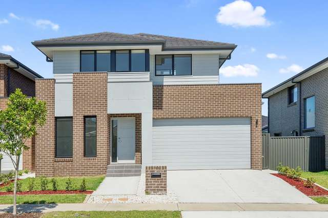 11 Qualmann Street, Jordan Springs NSW 2747