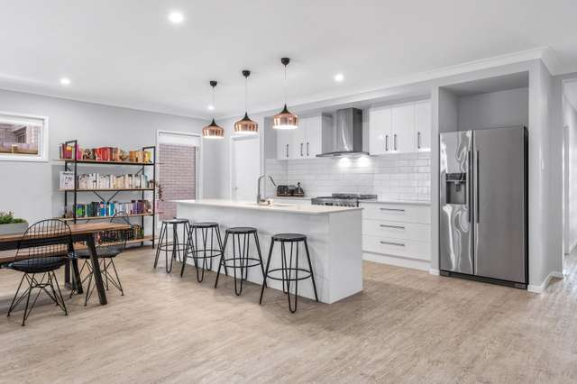 27 Needham Place, Bridgeman Downs QLD 4035