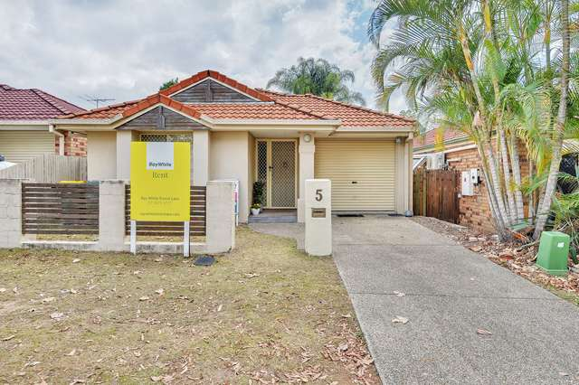 5 Hyde Place, Forest Lake QLD 4078