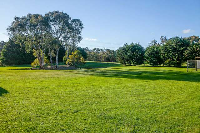 425 Robinsons Road, Langwarrin VIC 3910