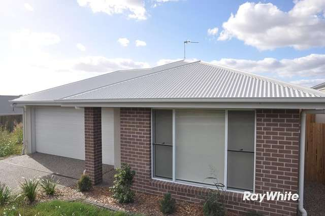 7 Downs Street, Glenvale QLD 4350