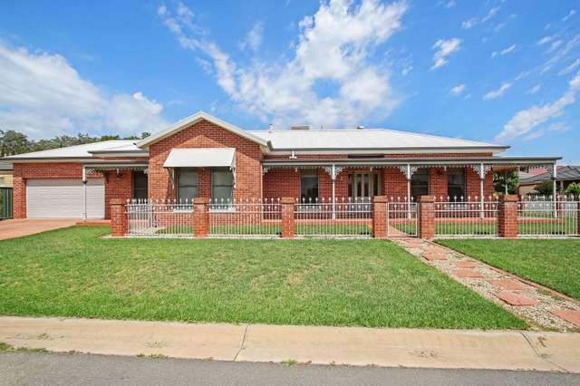 3 Samuel Place, East Albury NSW 2640
