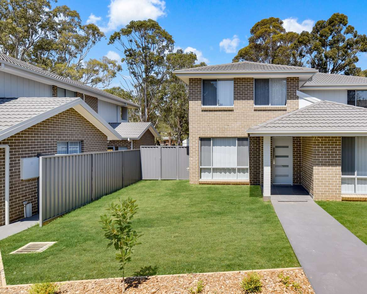 Main view of Homely townhouse listing, 2/50-52 Malachite Road, Eagle Vale, NSW 2558