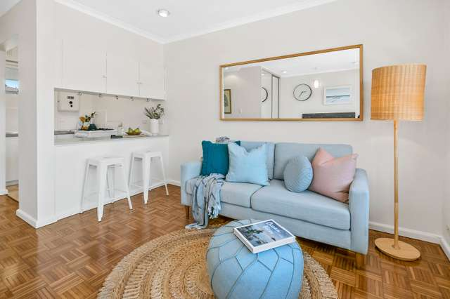 14/10 Campbell Parade, Manly Vale NSW 2093