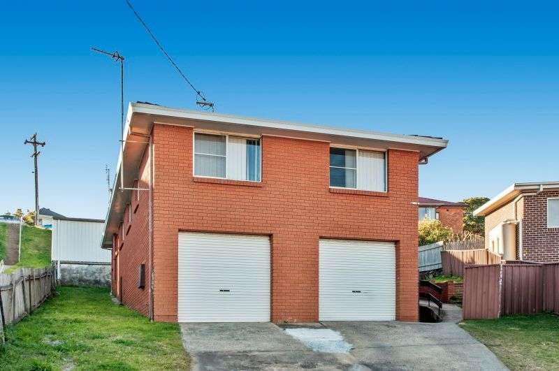 Main view of Homely unit listing, 2/3 Moore Place, Warrawong, NSW 2502