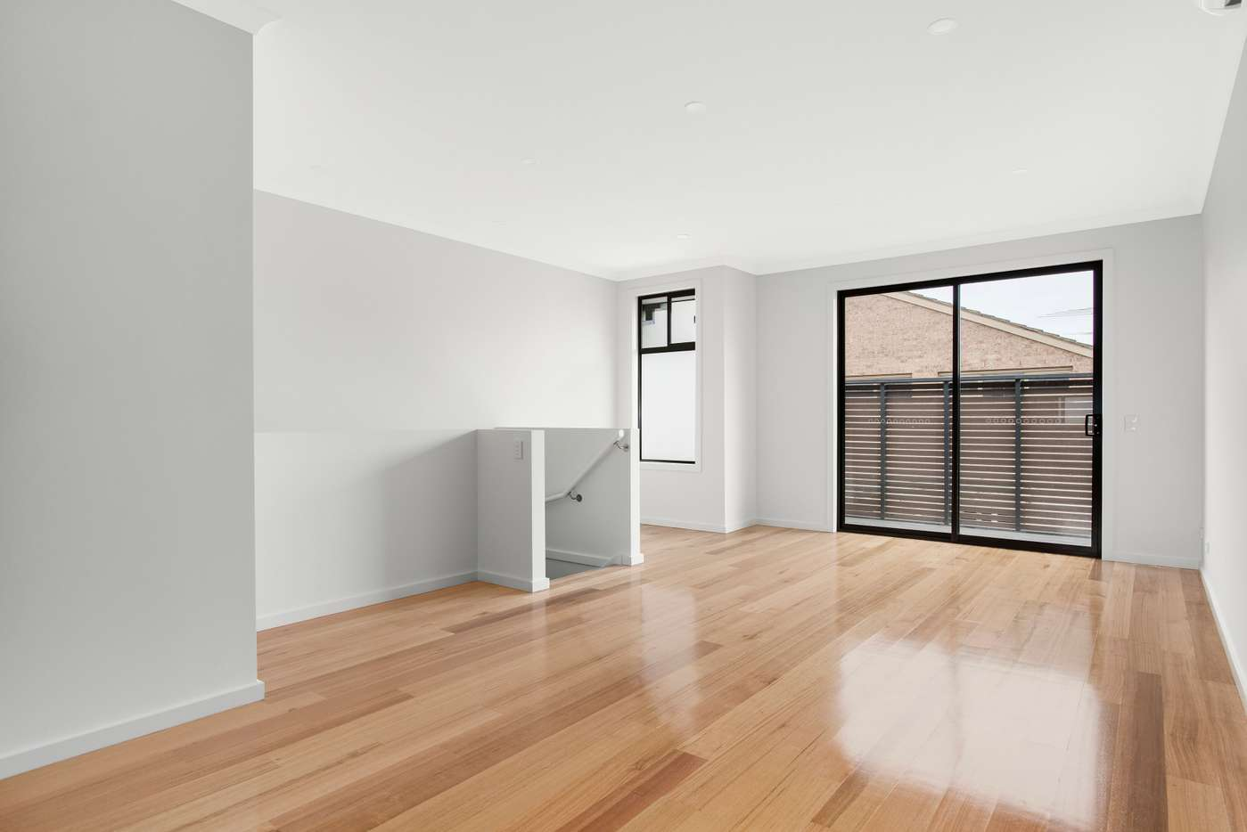 Main view of Homely townhouse listing, 2/31 Rothschild Street, Glen Huntly, VIC 3163