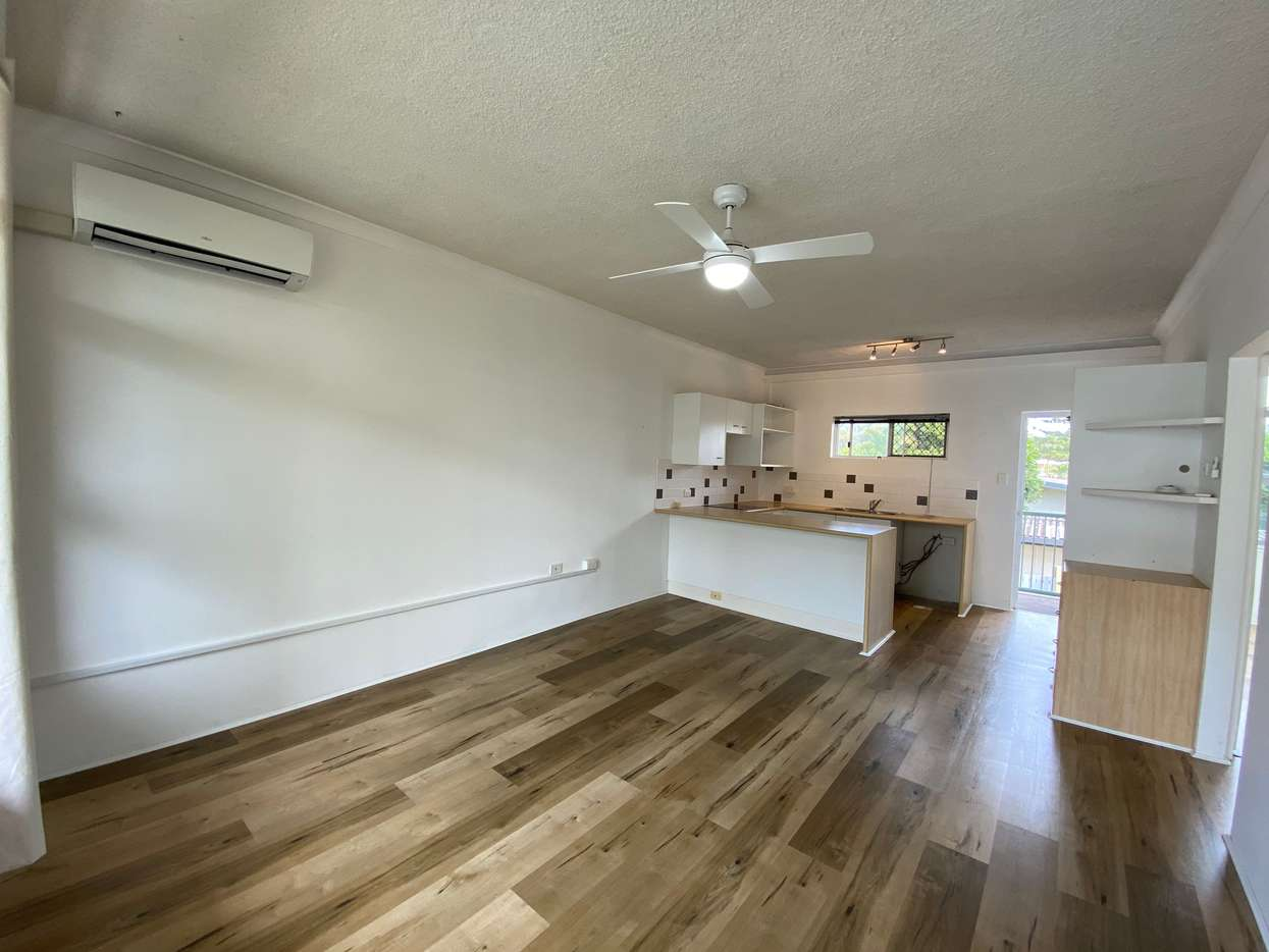 Main view of Homely unit listing, 9/3 Redondo Avenue, Miami, QLD 4220