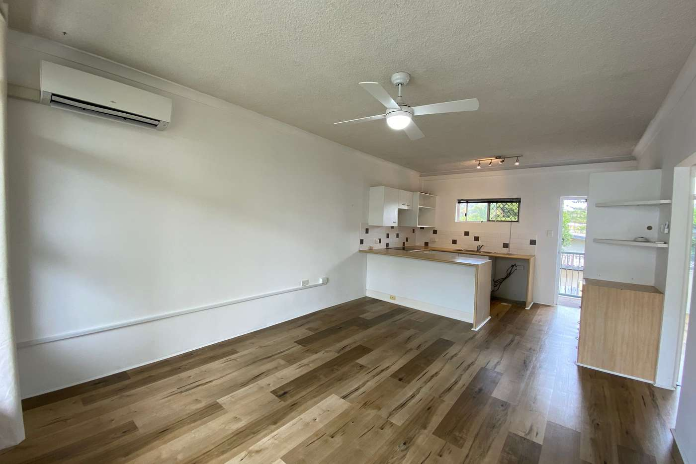 Main view of Homely unit listing, 9/3 Redondo Avenue, Miami QLD 4220