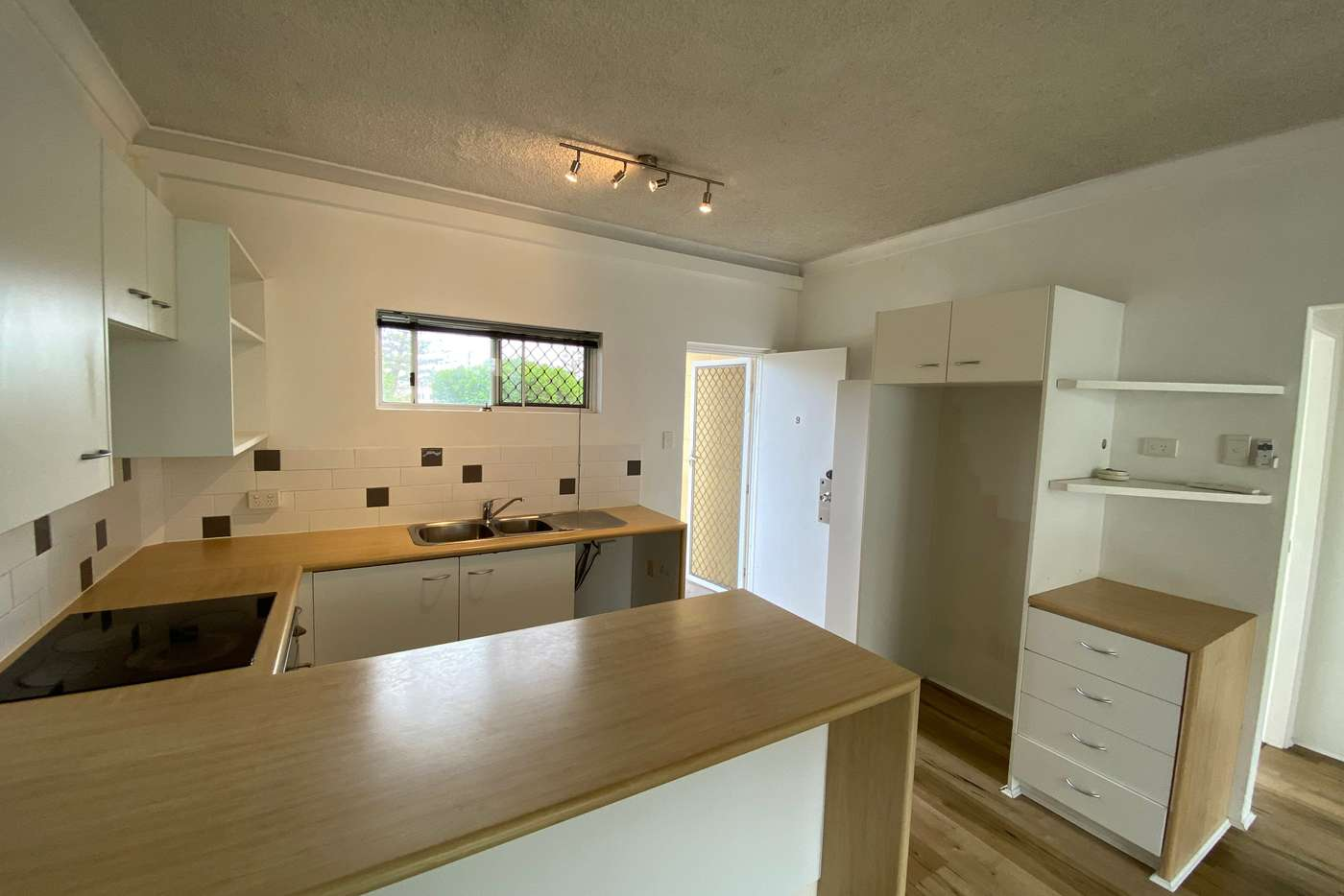 Seventh view of Homely unit listing, 9/3 Redondo Avenue, Miami QLD 4220