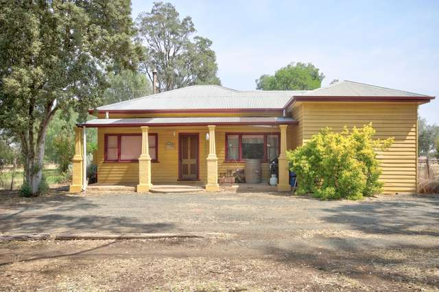 166 Railway Road, Rochester VIC 3561