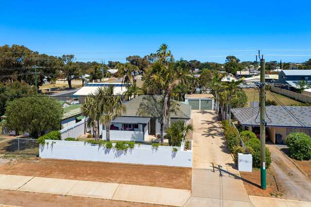 226 Place Road, Wonthella WA 6530