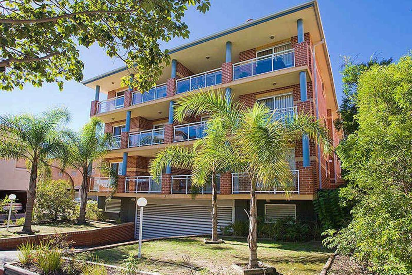 Main view of Homely unit listing, 7/2-4 Queens Road, Brighton-le-sands NSW 2216