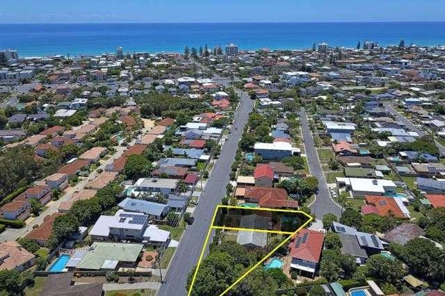 68 Surf Street, Mermaid Waters QLD 4218