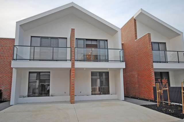 17 Monteith Place, Ballarat Central VIC 3350