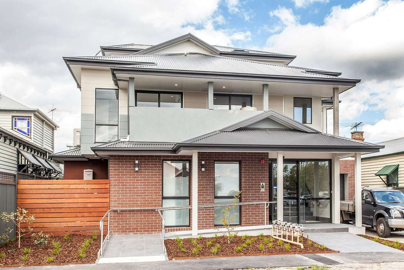 Main view of Homely apartment listing, 10 Oxford Street, Oakleigh, VIC 3166