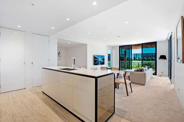 102A/1 The Concourse, Benowa QLD 4217