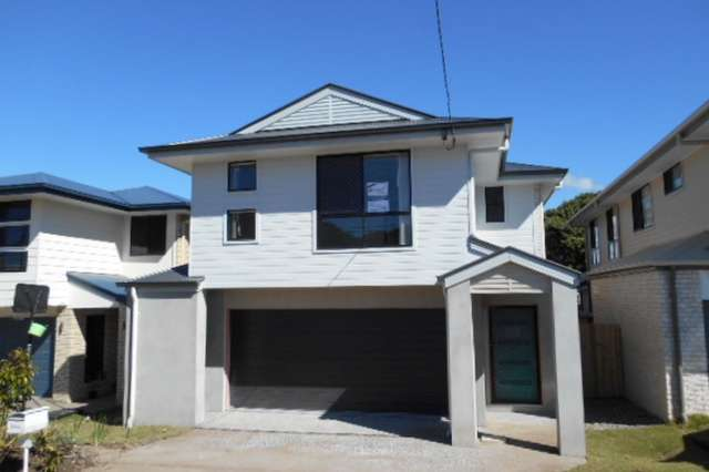 73 Whites Road, Manly West QLD 4179