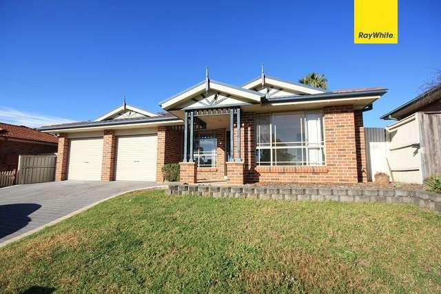 6 Steamer Place, Currans Hill NSW 2567