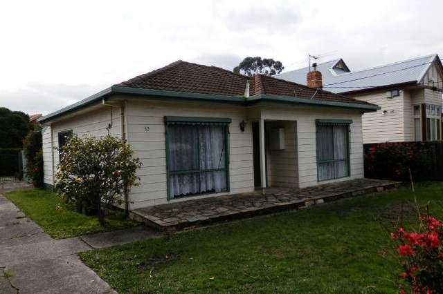 32 Acacia Street, Glenroy VIC 3046