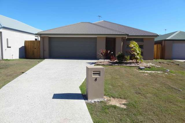 4 Warilla View, Blacks Beach QLD 4740