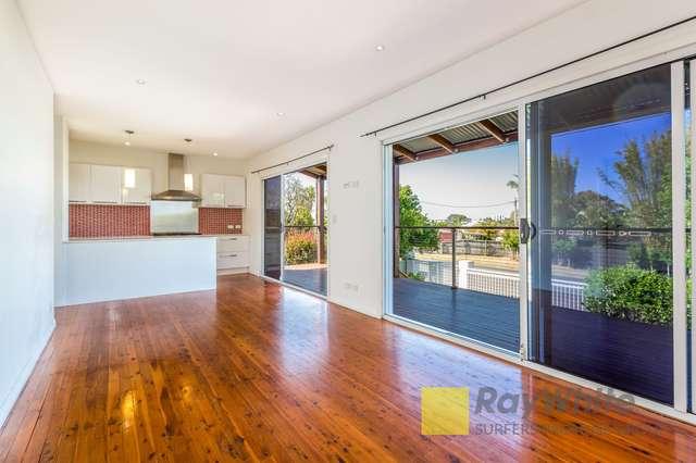 12 Deakin Avenue, Southport QLD 4215