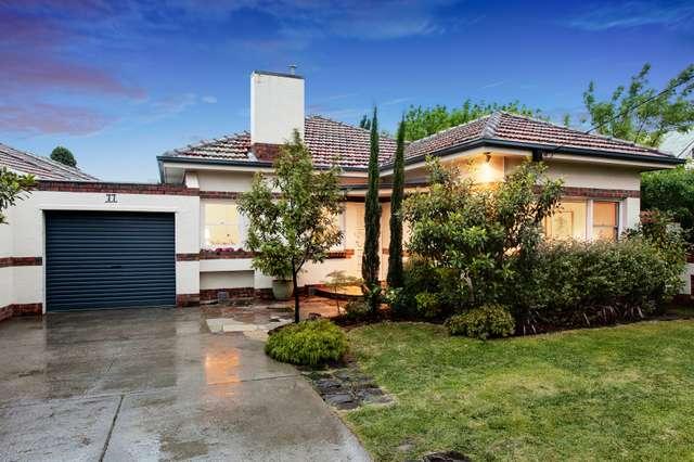 77 Kangaroo Road, Hughesdale VIC 3166