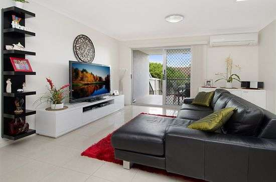 Main view of Homely unit listing, 3/15 Rolle Street, Holland Park West, QLD 4121