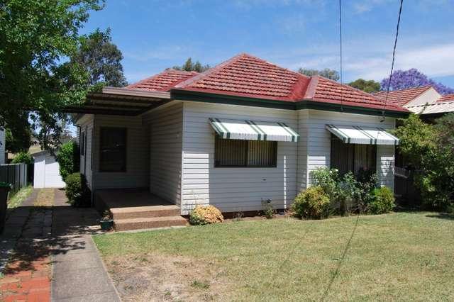 8 Leigh Avenue, Roselands NSW 2196