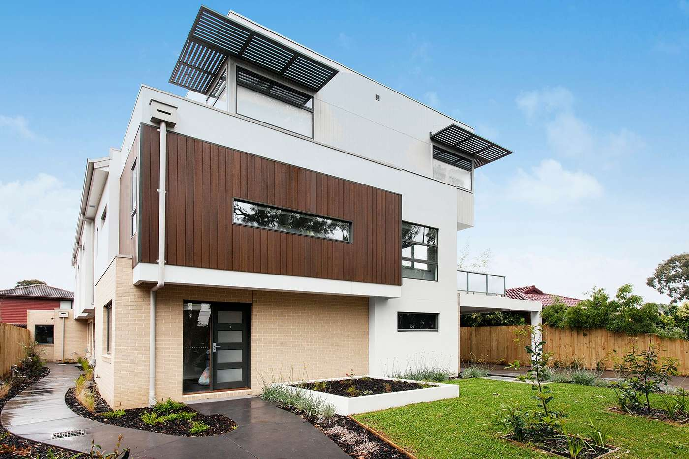 Main view of Homely townhouse listing, 2/554 Boronia Road, Wantirna, VIC 3152