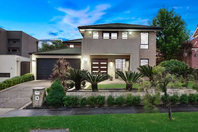 5 Royal Oak Court, Mulgrave VIC 3170