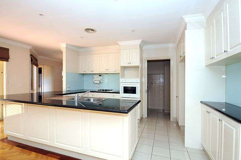 Main view of Homely townhouse listing, 1/18 Kennedy Street, Glen Waverley, VIC 3150