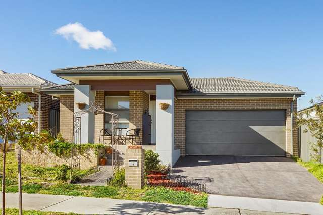 4 Treeview Place, Glenmore Park NSW 2745