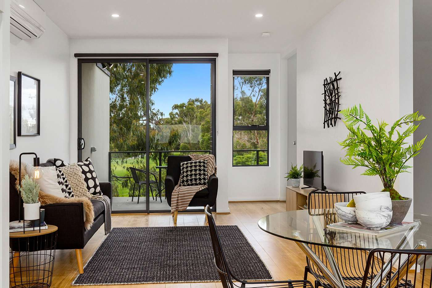 Main view of Homely townhouse listing, 4/256 Wantirna Road, Wantirna VIC 3152