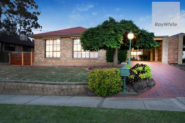 26 Dunfield Drive, Gladstone Park VIC 3043