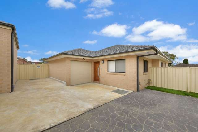 5/17 Guernsey Avenue, Minto NSW 2566