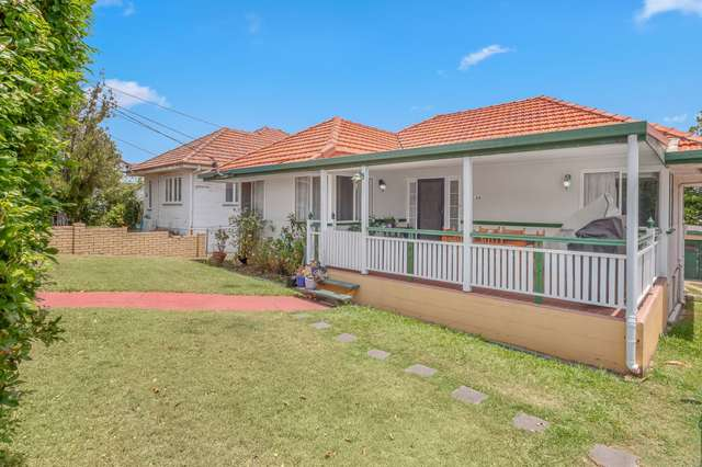 24 Arrol Street, Camp Hill QLD 4152