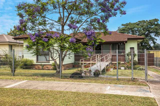 17 Glenrothes Place, Dharruk NSW 2770
