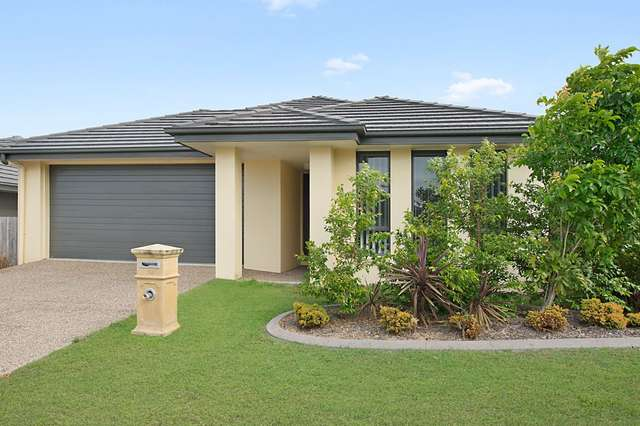 10 Dunes Crescent, North Lakes QLD 4509