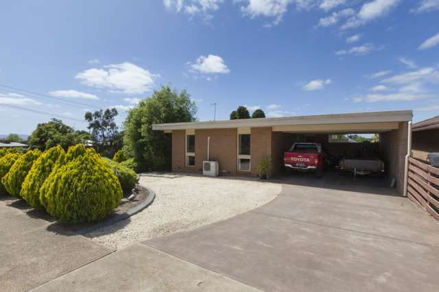 27 High Street West, Ararat VIC 3377
