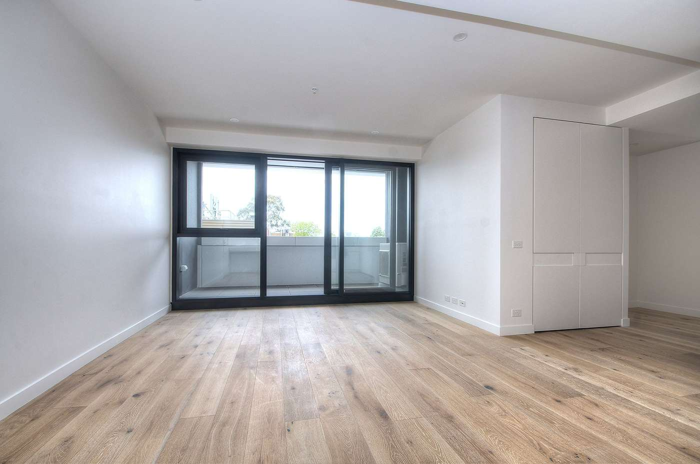 Main view of Homely apartment listing, 107/52 O'Sullivan Road, Glen Waverley, VIC 3150