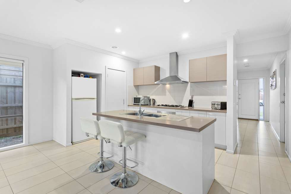 Second view of Homely house listing, 3 Pipit Close, Pakenham VIC 3810