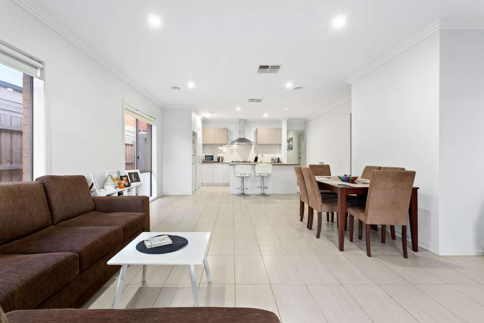 Fourth view of Homely house listing, 3 Pipit Close, Pakenham VIC 3810