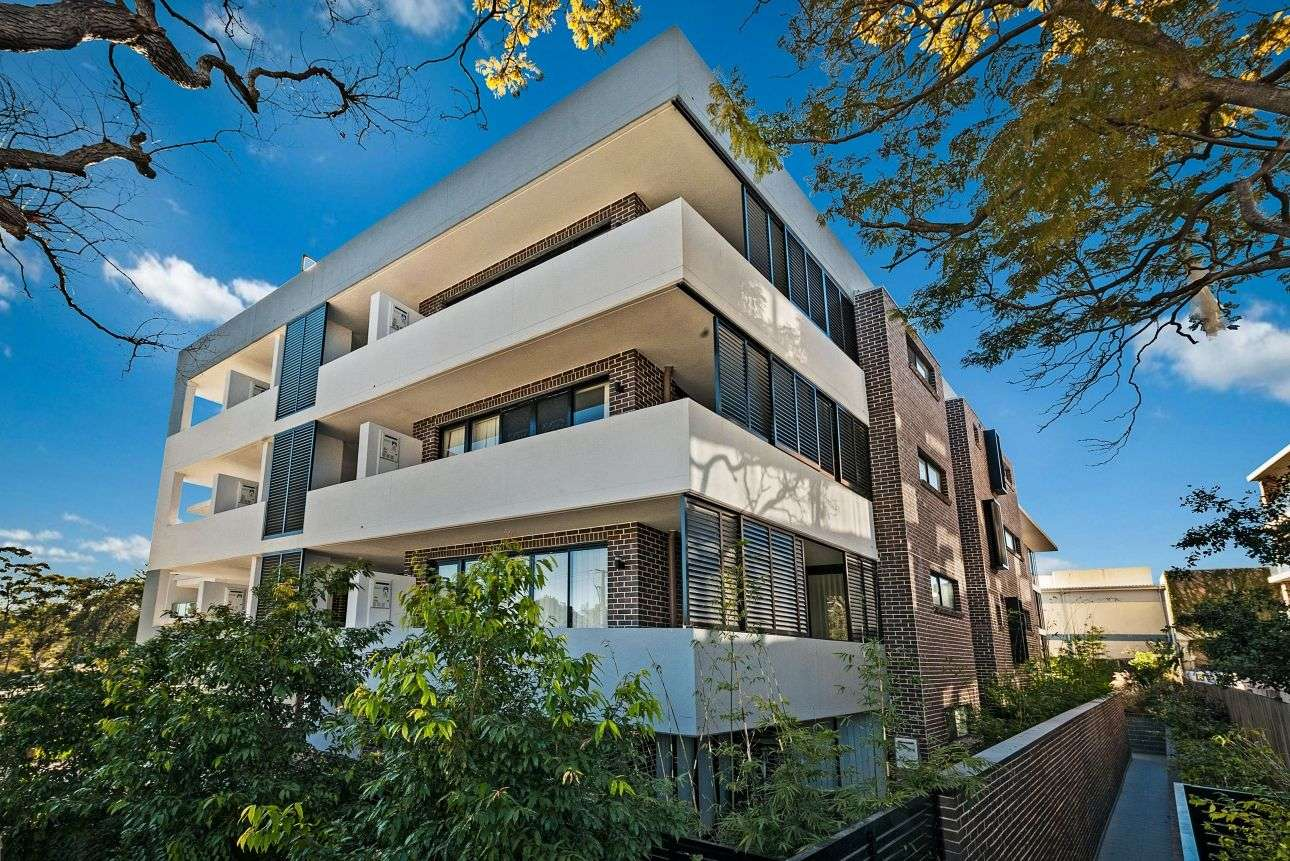 Main view of Homely unit listing, 9/16-18 Bouvardia Street, Asquith, NSW 2077