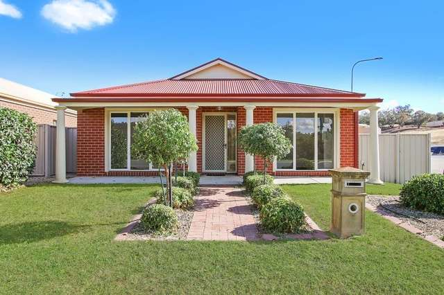 819 Centaur Road, Hamilton Valley NSW 2641