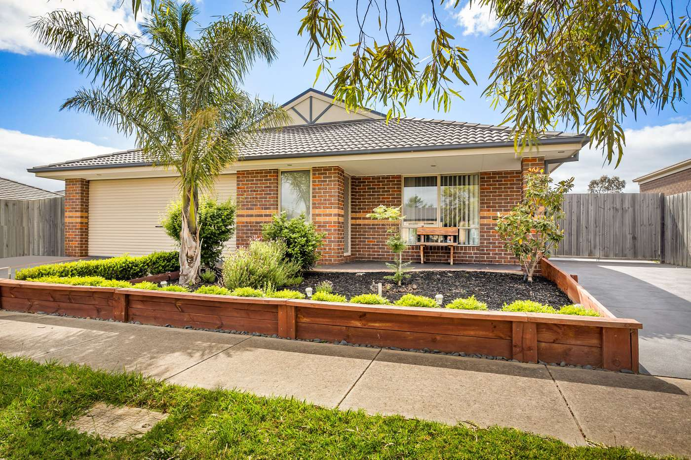 Main view of Homely house listing, 34 Belvedere Drive, Pakenham, VIC 3810