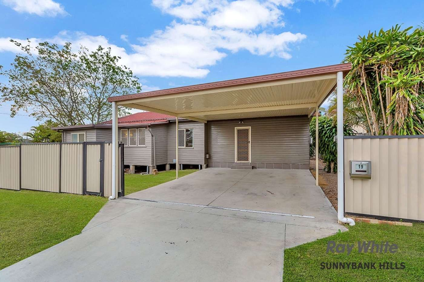 Main view of Homely house listing, 19 Selsey Street, Runcorn, QLD 4113