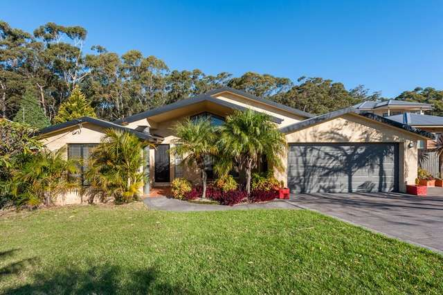 204 Matron Porter Drive, Mollymook Beach NSW 2539
