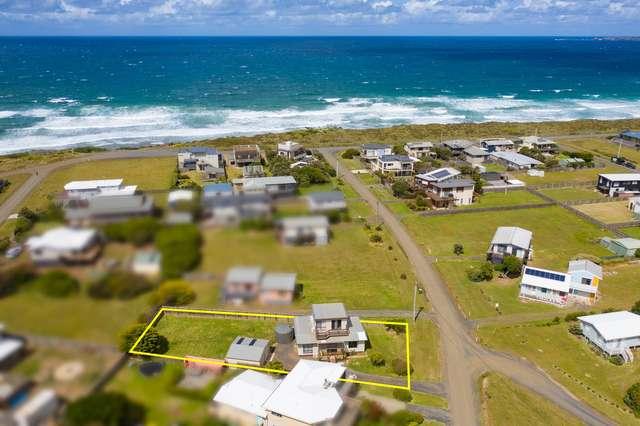 15 Surf Crescent, Surf Beach VIC 3922